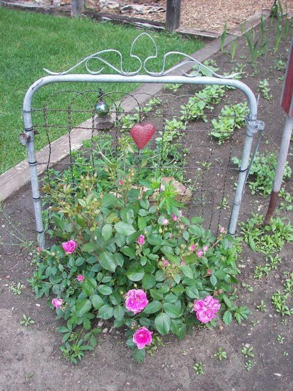 6 diy repurposed trellis ideas the humble gardener for Diy garden gate designs