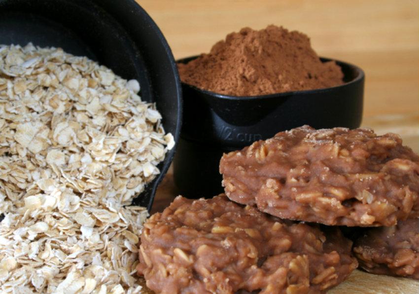 Classic No-Bake Chocolate Oat Cookies – 12 Tomatoes