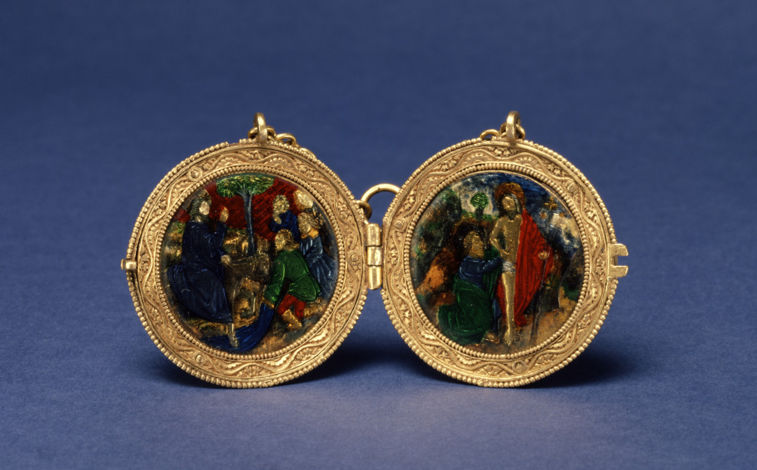 French_-_Locket_with_Christ's_Entry_into_Jerusalem_and_Doubting_Thomas_-_Walters_44590_-_Open