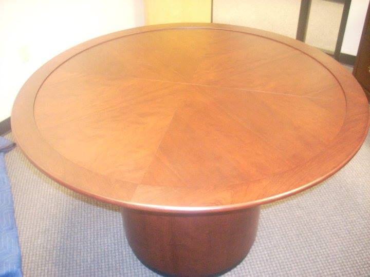 Cherry table and pedestal with frosted glass that I made some time ago... The top has a 52 inch diameter...