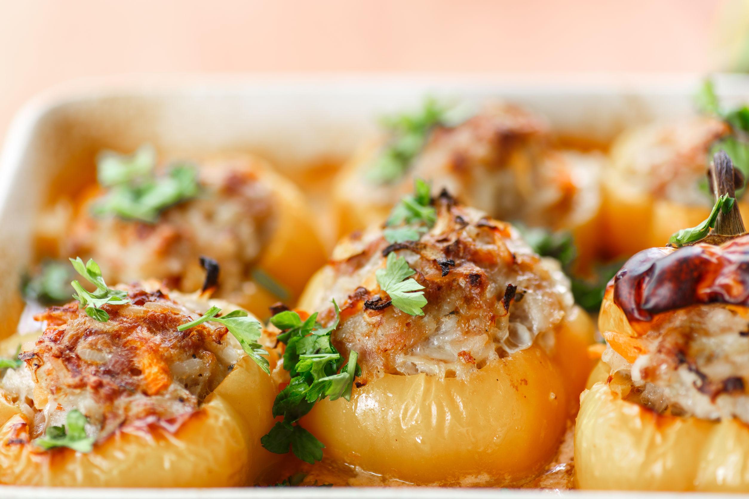 Перец фаршированный мясом и рисом в аэрогриле рецепт