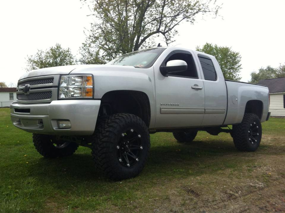 From David: new Silverado. 7.5 and 35-12.50