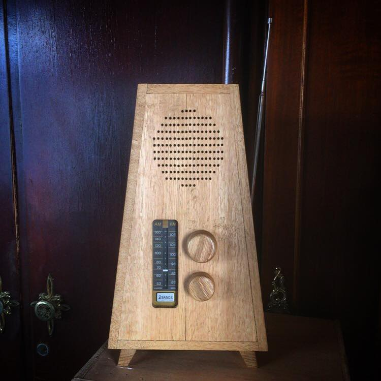 From Lee Suet Ying: Hello, greeting from Hong Kong, my mentor Chegor made this dovetail joints radio, made of Oak.
