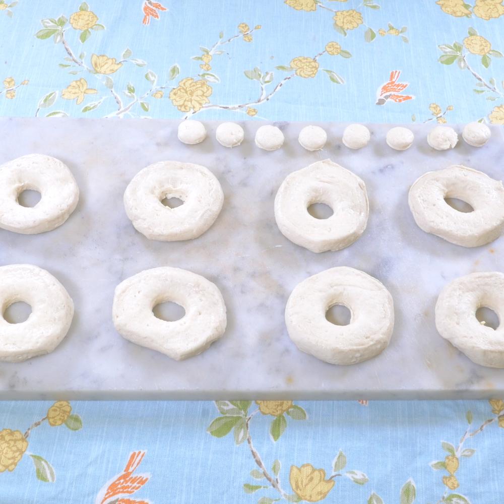 donuts.00_00_09_03.Still003