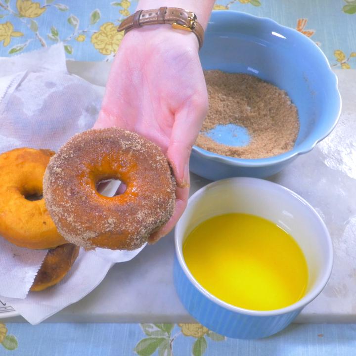 donuts.00_00_23_11.still007edit_720