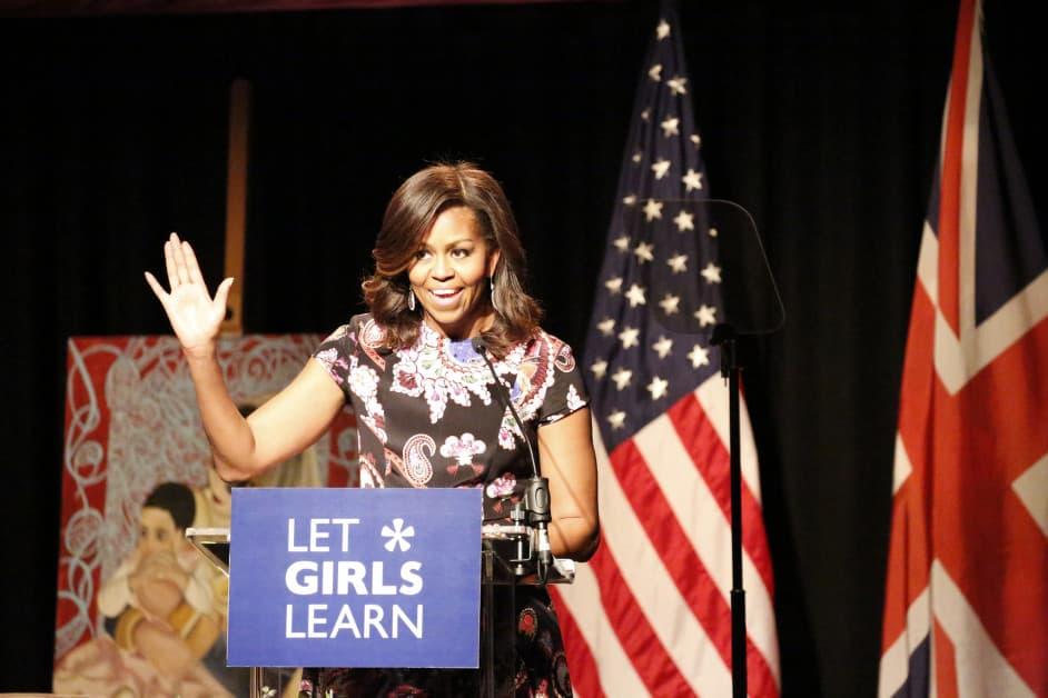 The FLOTUS, Michelle Obama, talks to the about educating girls. / Via Simon Davis/ DFID