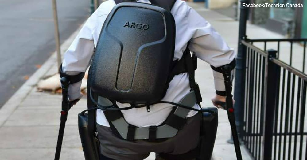 """""""The 3.5 hour battery back-pack""""  / via Technion Canada"""