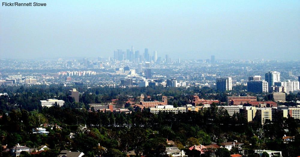 Los Angeles / Via Rennett Stowe