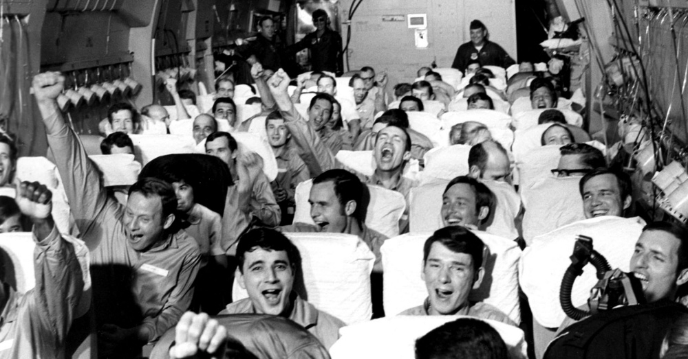 U.S. POWs returning from Hanoi, Vietnam / Via The U.S. Air Force