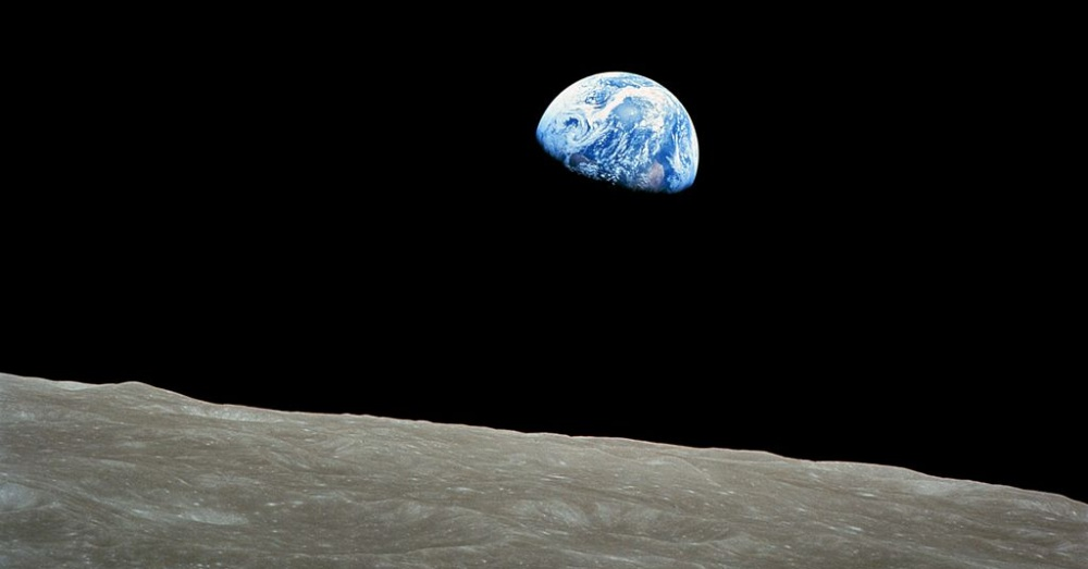 Picture of Earth taken during the Apollo 8 mission / Via NASA / Bill Anders