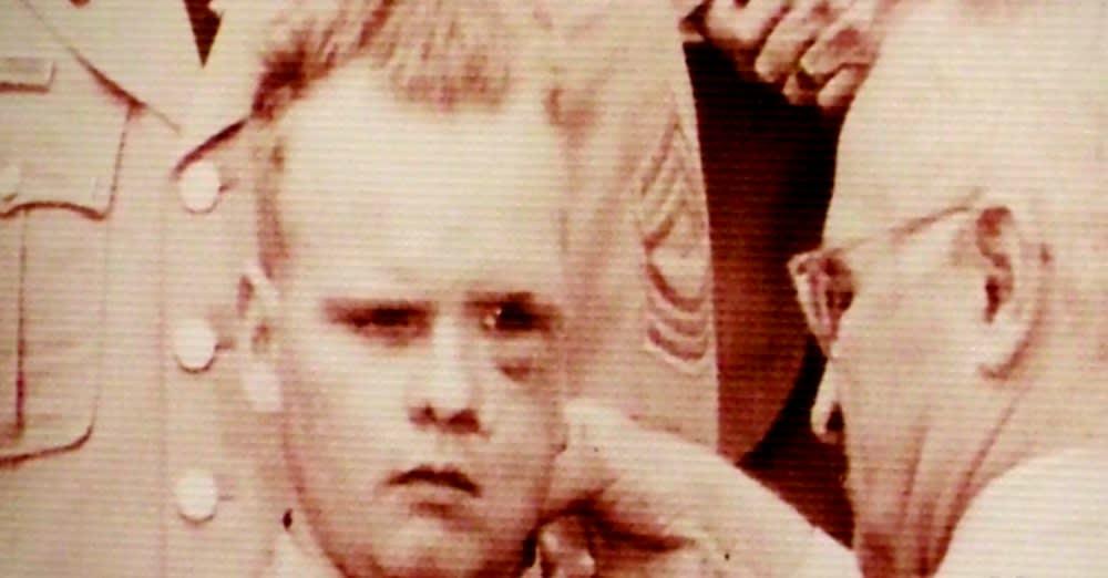 Einar Ingman receiving a Medal of Honor from President Truman