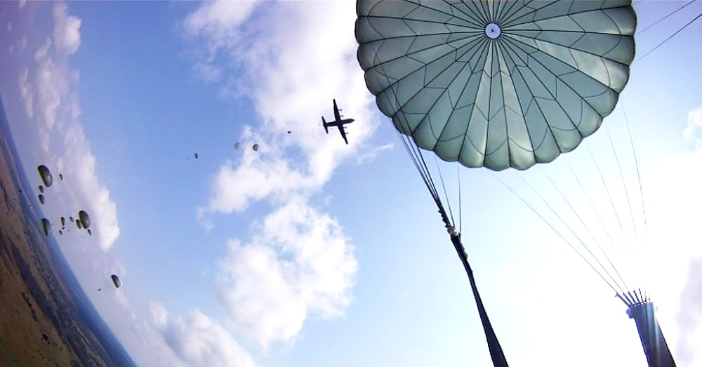 Paratroopers over the Ukraine / Via U.S. Army Europe