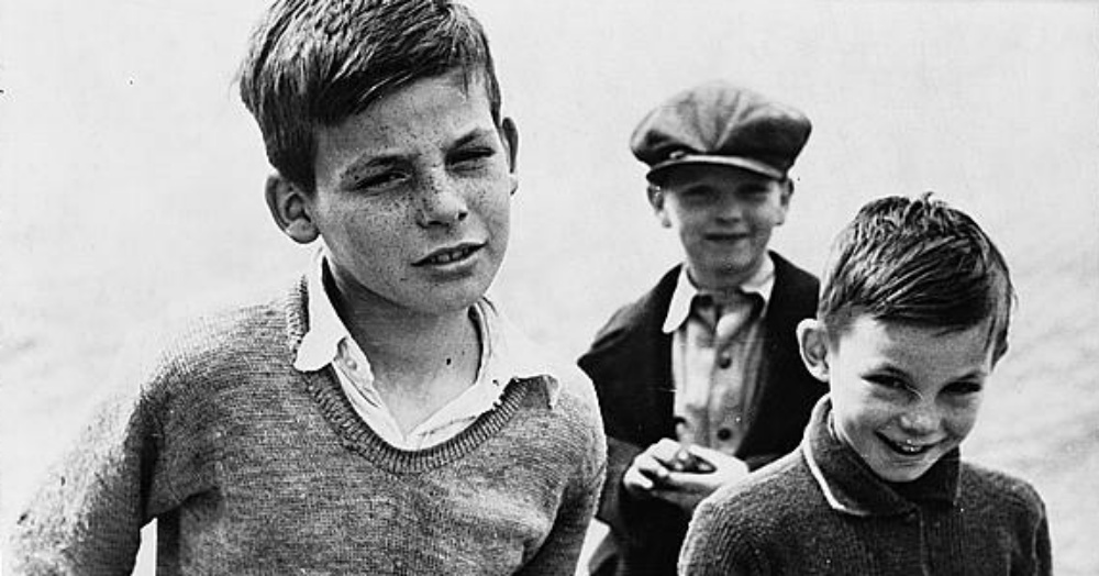 Three boys in Ohio circa 1936 / Via The Library Of Congress