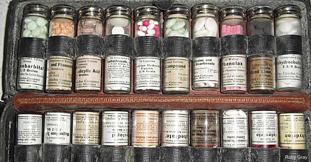 Traveling Medicine Kit