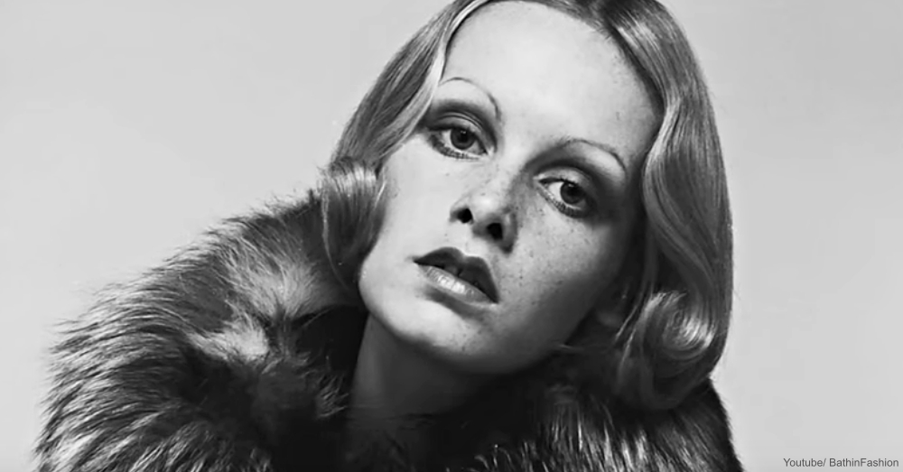 Twiggy in Fur Collar Coat