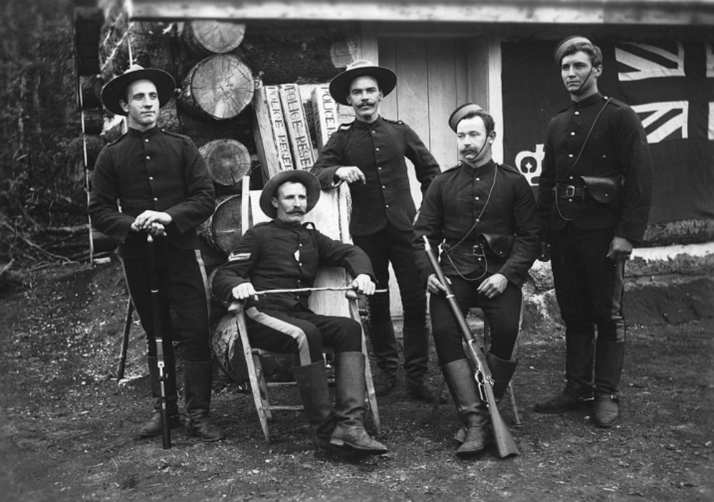 North_West_Mounted_Police_at_Pleasant_Camp_1898