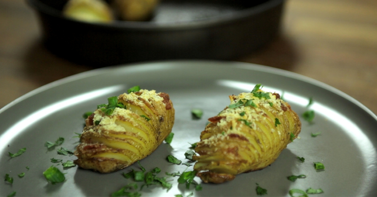 hasselback potatoes resized_main