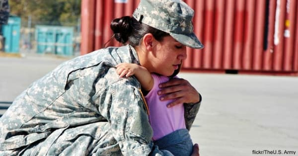mother-military2 flickr:The U.S. Army