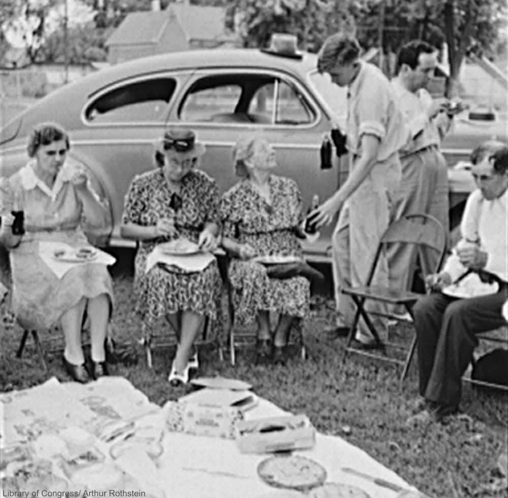 1942 Carnival Picnic