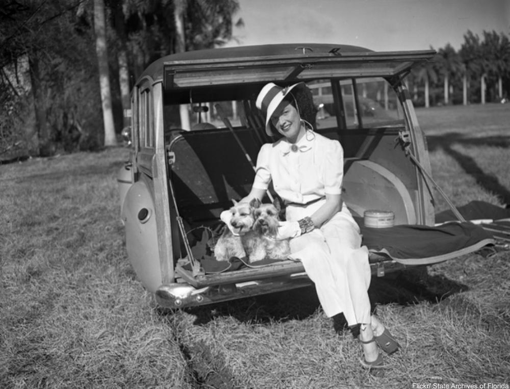 Pet-crazy vintage photos