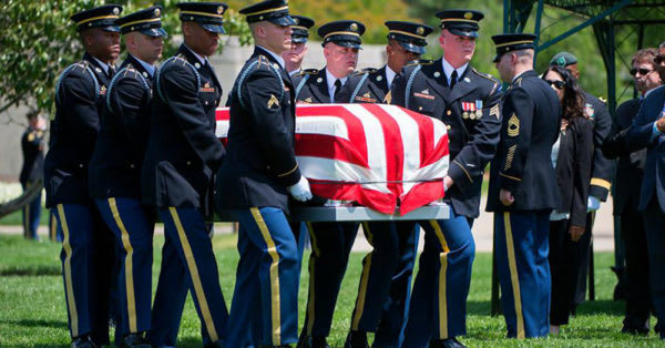 Source: Facebook/Arlington National Cemetery Mark De Alencar is laid to rest at Arlington National Cemetery.