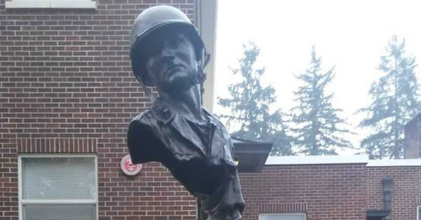 Source: Dan Doyle A statue outside the VA Soldiers Home in Orting, Washington
