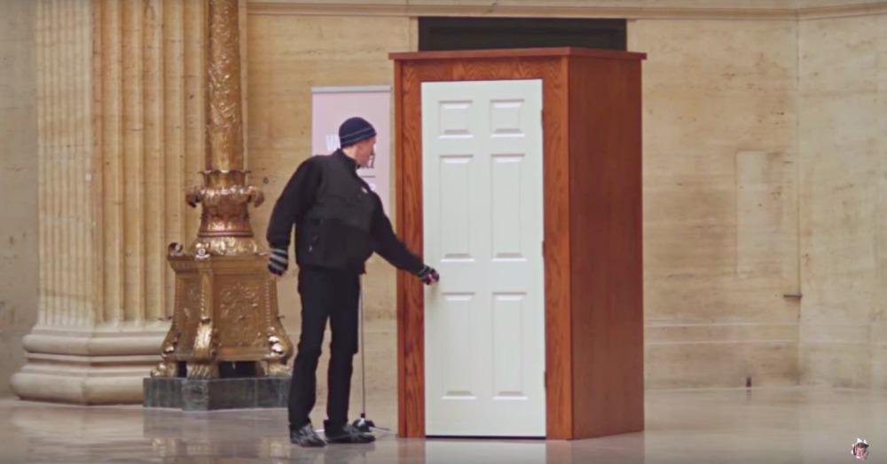 ballpit-door2