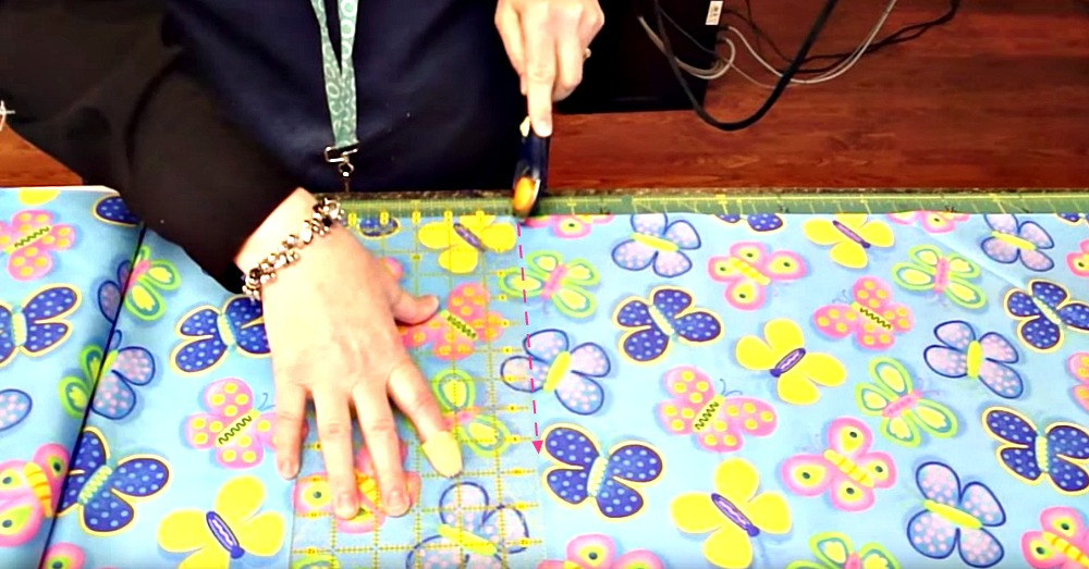 learn-how-to-make-matching-pillow-cases-for-your-quilts-2