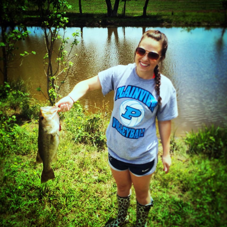 Ya girls can fish to my daughter Kaley caught this one out of our pond