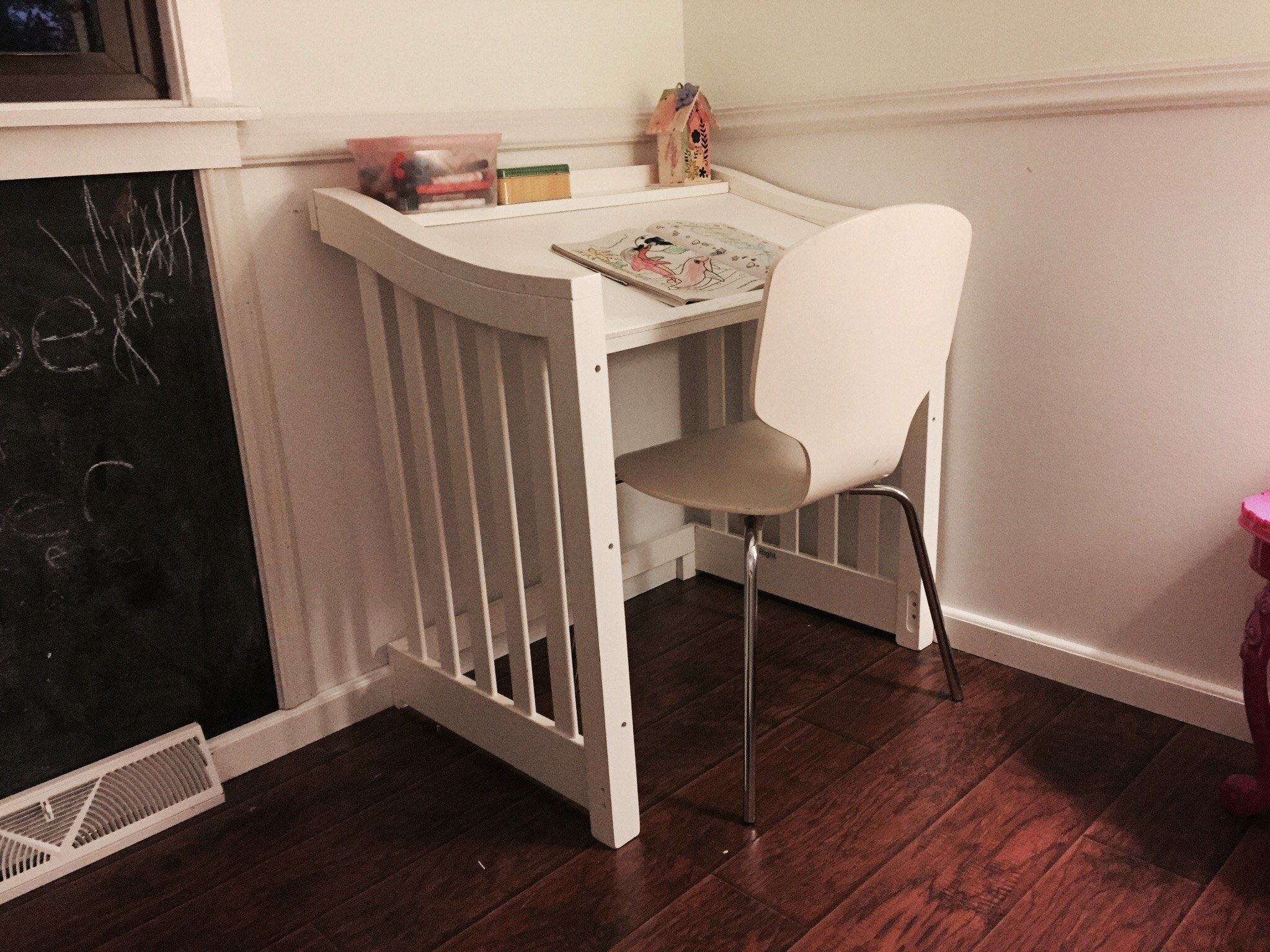From Dave Roesch: For all the parents who don't know what to do with their lifetime crib rails - make a small art desk! My daughter loves it and it matches her room's furniture.