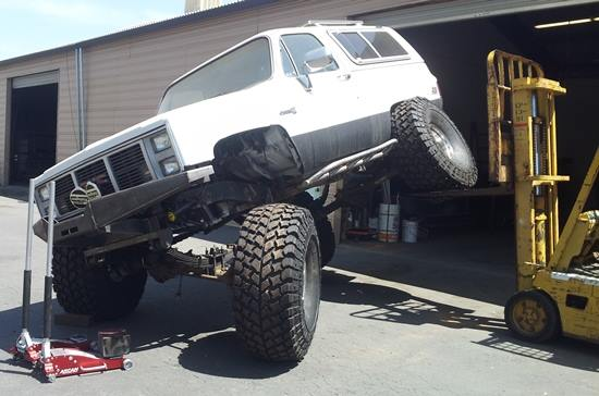 From Jeff Houghton: Here's a customers rig we at BAT Fab Offroad are building. Almost ready to dominate the trails!