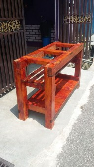 From Mohd Anif Sarman: Aquarium furniture from used pallet