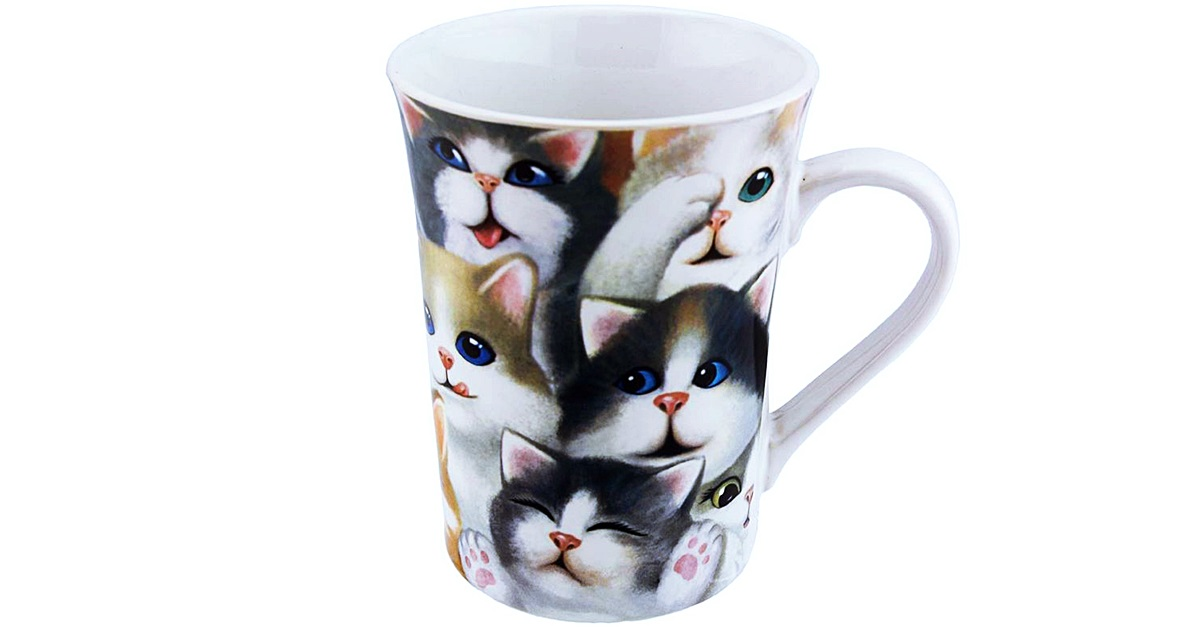 These kitties are so cozy on this grande ceramic mug, because they need to be due to lack of space.