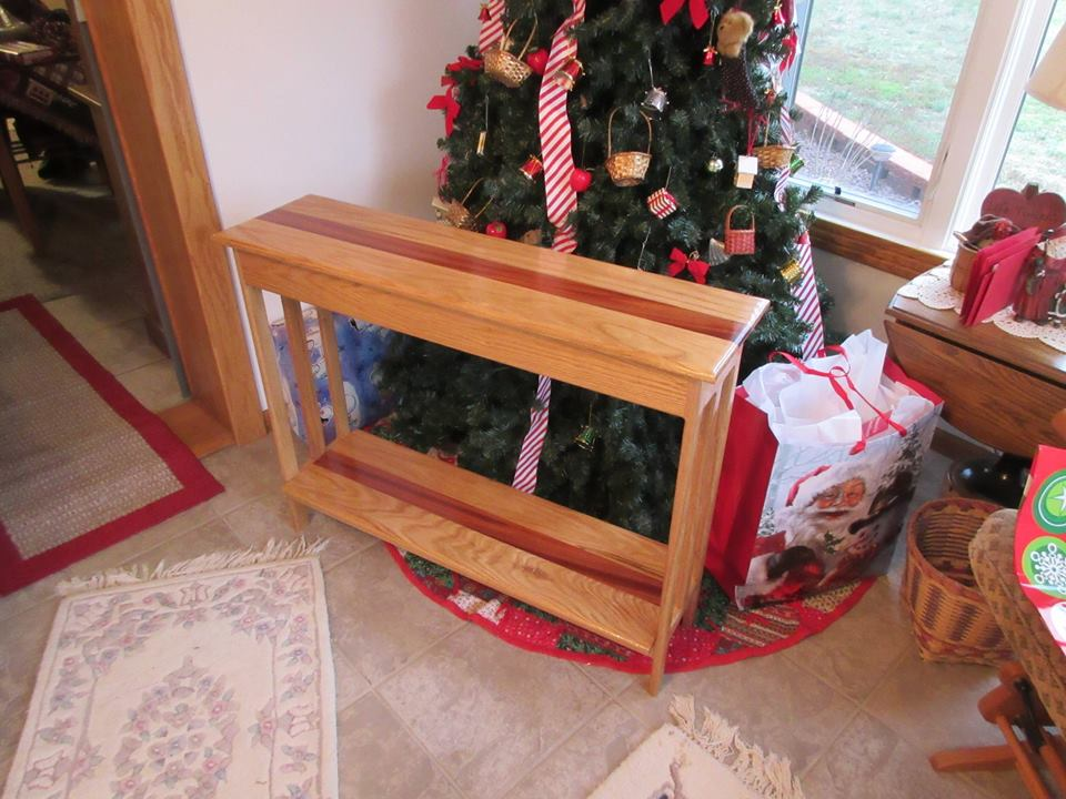 From Ray Thomas Rider‎: Built for daughters Christmas and house warming. Primarily built from leftover materials in my shop. Oak and Mahogany, finished with gloss sealer.