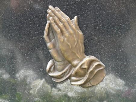 pray-56059_960_720
