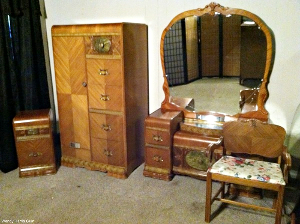 vintage spotlight waterfall style furniture dusty old thing. Black Bedroom Furniture Sets. Home Design Ideas