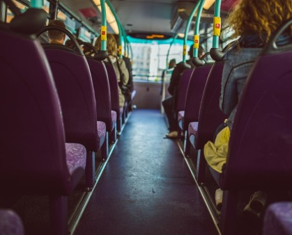 bus-923199_960_720