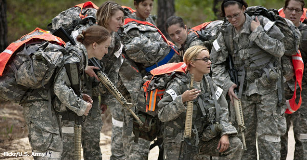 women-combat2 flickr:U.S. Army