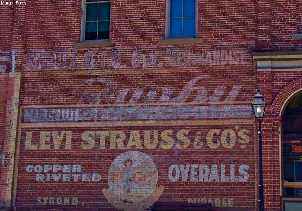 Ghost Sign in Grants Pass OR