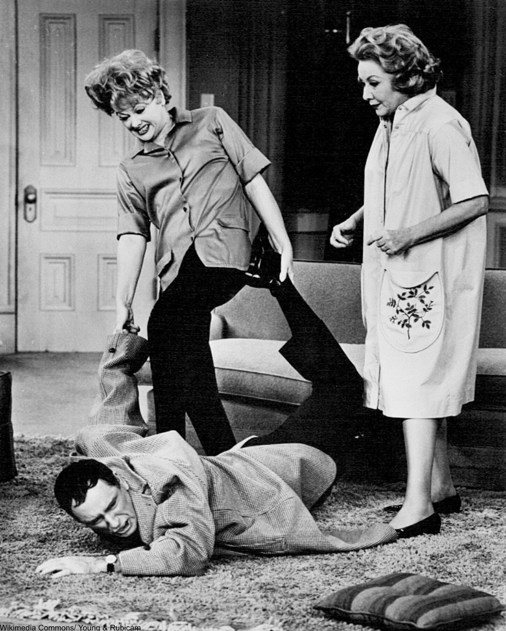 Lucille Ball and Vivian Vance on the Lucy Show