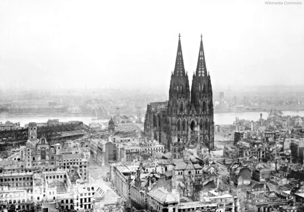 How did these famous monuments and landmarks miraculously for Koln ww2