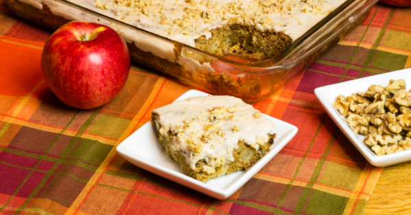 apple-spice-cake-600x314