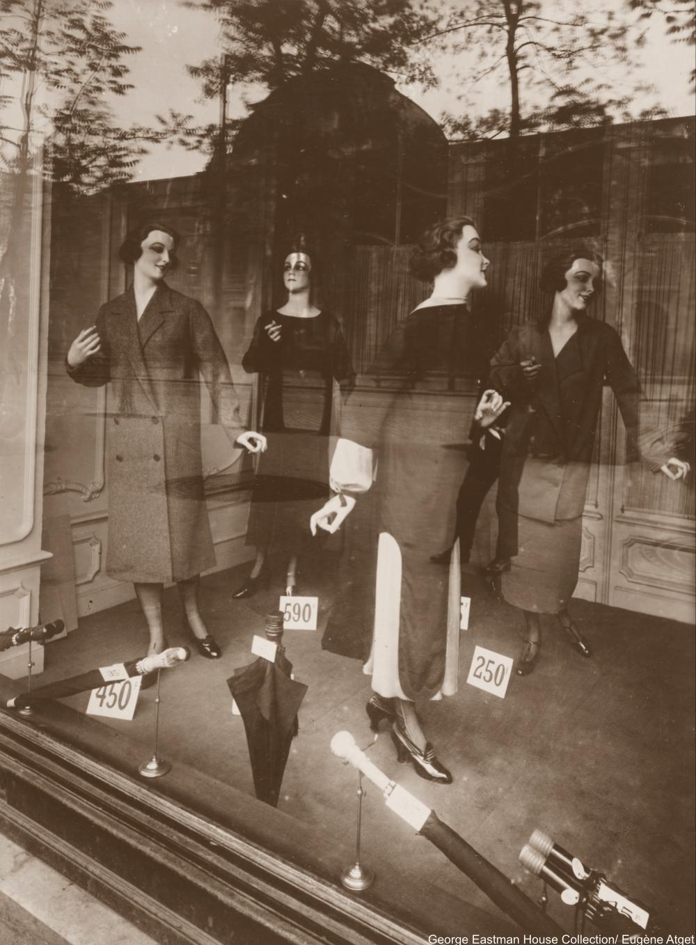 avenue des Gobelins 1926 by Eugène Atget