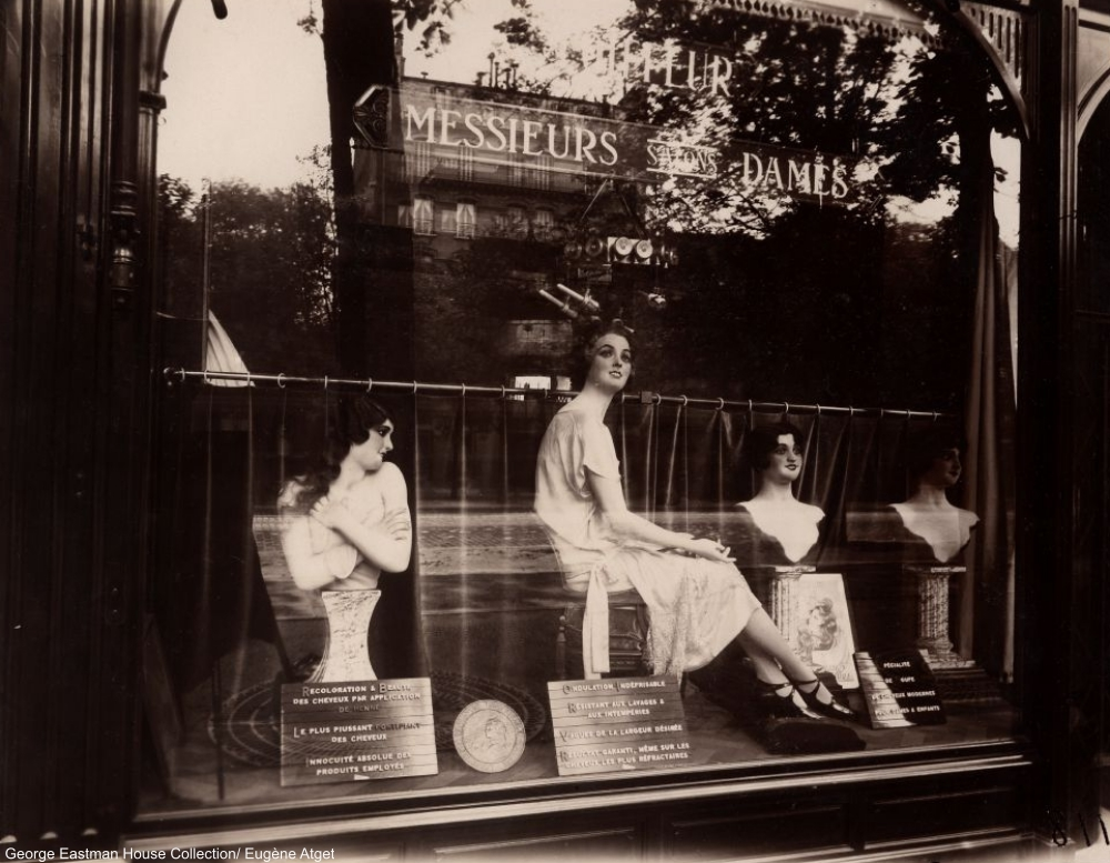 Avenue de l'Observatoire Parisian Shop Windows of the 1920s