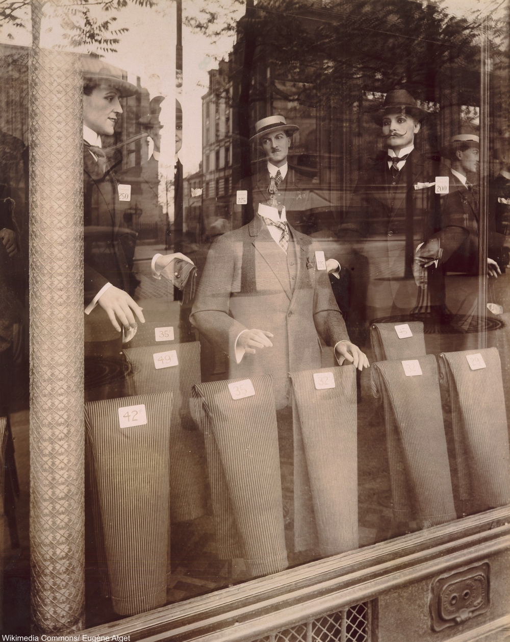 Avenue des Gobelins by Eugène Atget 1920s Shop Windows