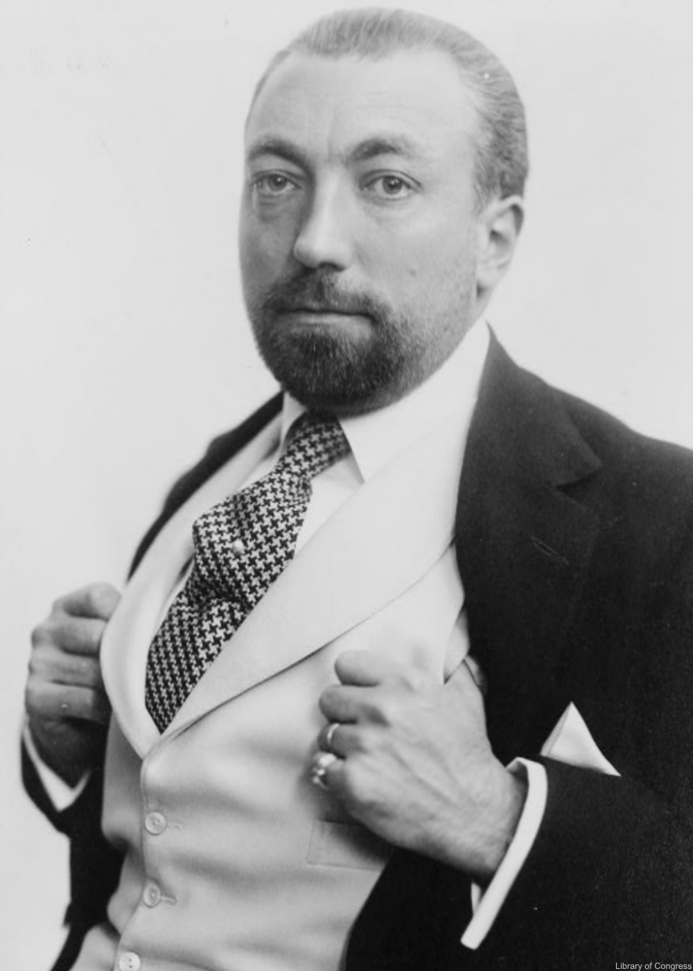 Couture designer Paul Poiret- the history of the first women's pants