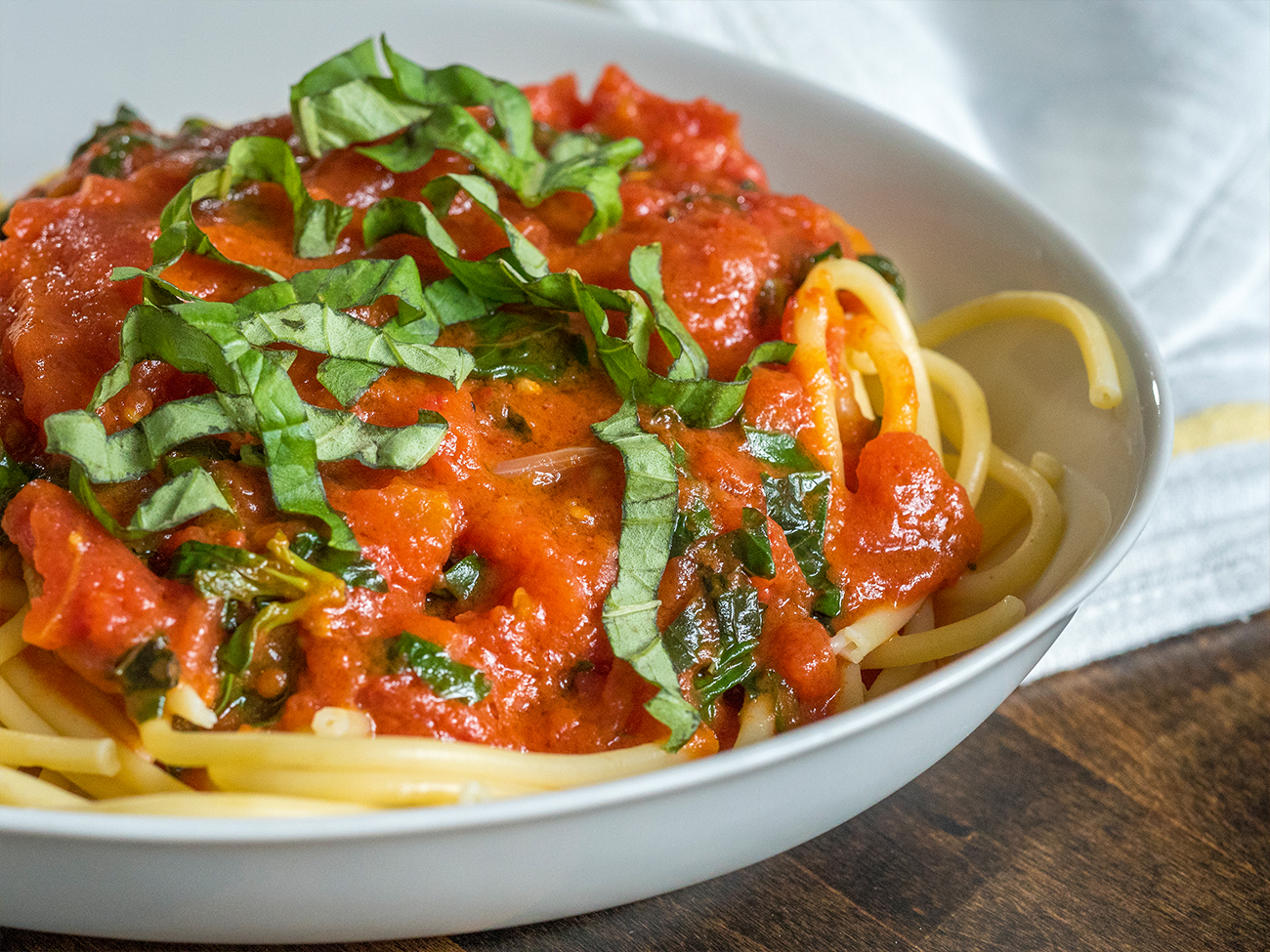 5-Ingredient Tomato Butter Sauce Horizontal 4