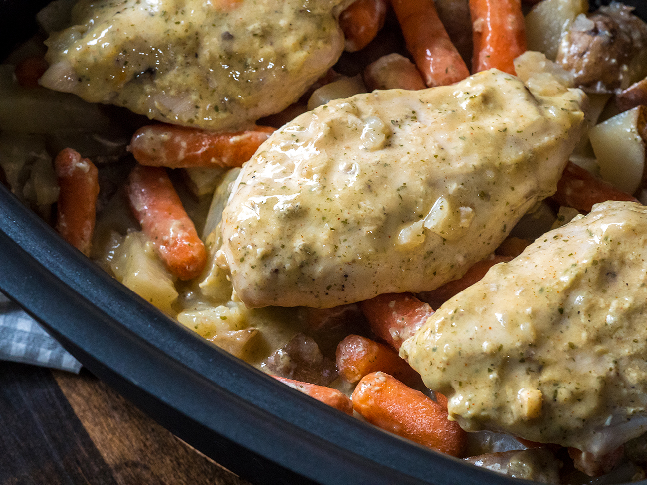 Slow Cooker Ranch Chicken Horizontal 1