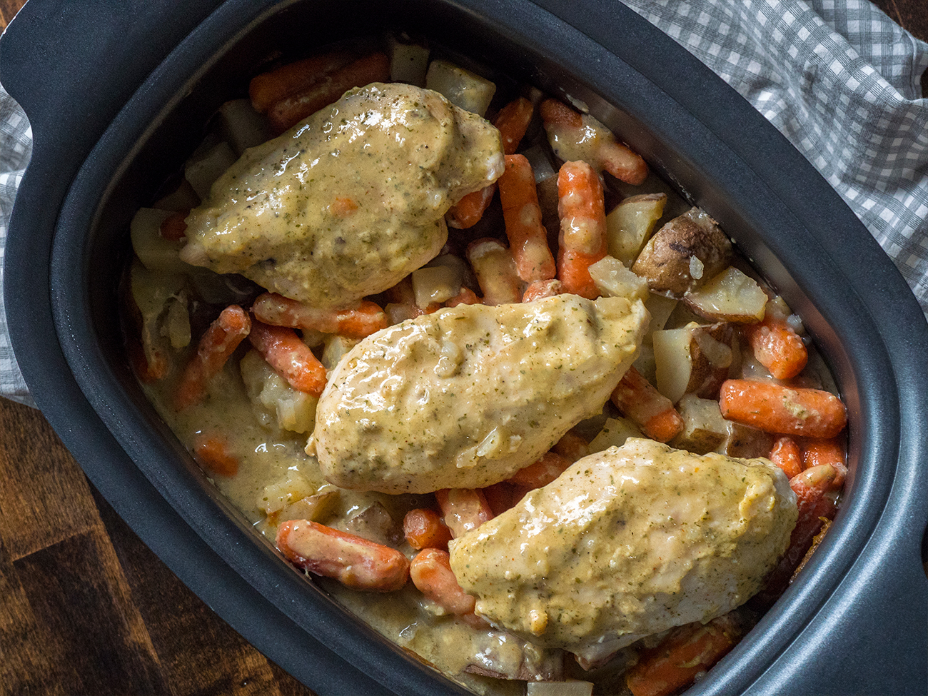 Slow Cooker Ranch Chicken Horizontal 4