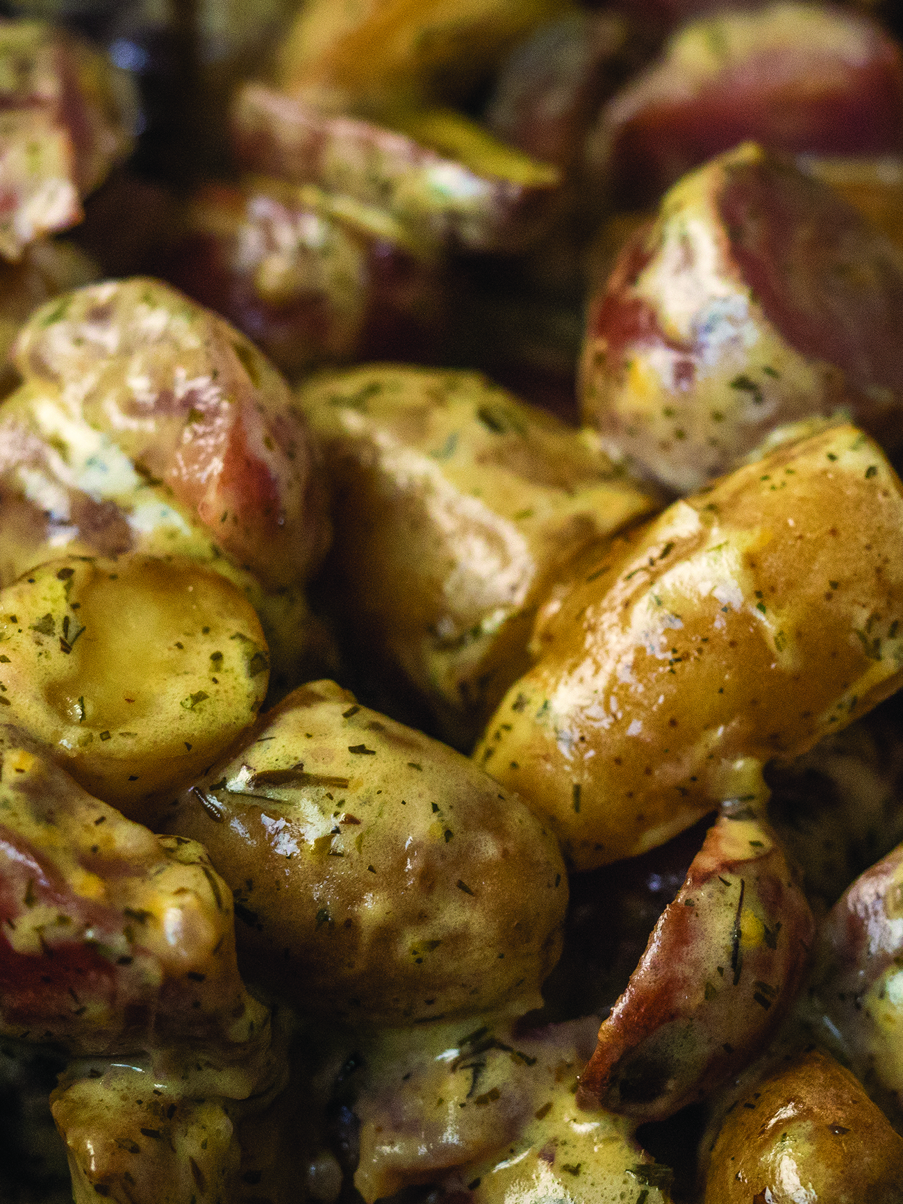Creamy Slow Cooker Herb Potatoes Vertical 1